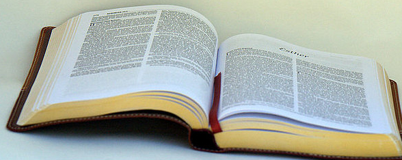 Biblia abierta - Imagui